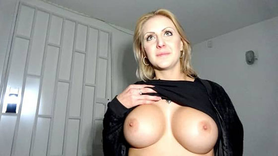 PublicAgent Jessica Hunter Perfect boobs get covered