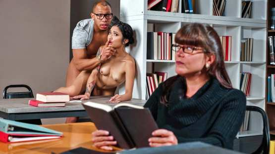Sneaky Sex – Avery Black – So This Is College