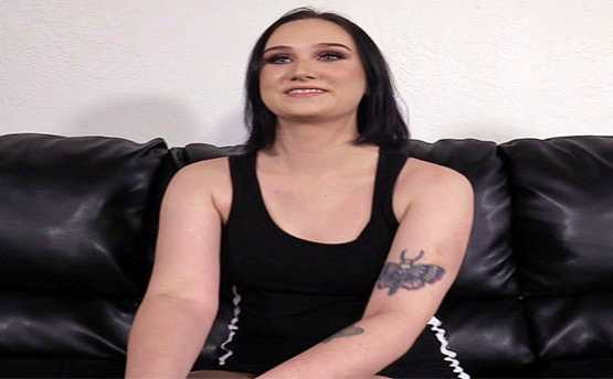 Backroom Casting Couch – Gwen – 21 Years Old