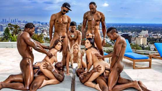Blacked – Teanna Trump, Vicki Chase, Adriana Chechik – BadBitches
