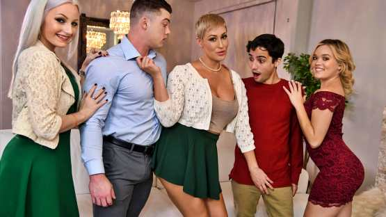 Milfs Like It Big – Ryan Keely – Eating Out For Thanksgiving