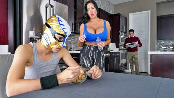 Lil Humpers –  Sybil Stallone – Fuckstyle Wrestling
