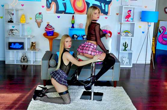 All Anal – Riley Steele, Emma Starletto – Wicked Ways With Riley And Emma
