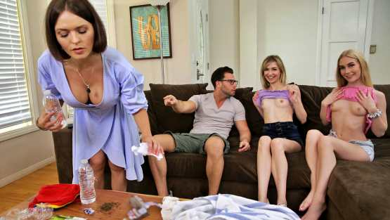 Bratt Sis – Emma Starletto, Mackenzie Moss – My Friends And I Flash Our Tits To My Brother