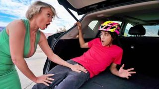 LilHumpers – Dee Williams – Road Rage Load