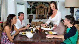 MILFsLikeItBig – Kendra Lust – Kendra's Thanksgiving Stuffing