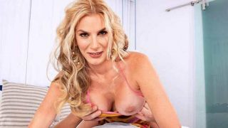 Scoreland – Lexi Sapphire – Lexi Fucks Her Daughters Boyfriend – 40SomethingMag