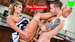 MrsCreampie – Eva Notty – Neighbor needs milk and Eva Notty will get some heavy cream on her pie 26322
