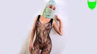 PervMom – Cali Lee – Underneath the Hijab